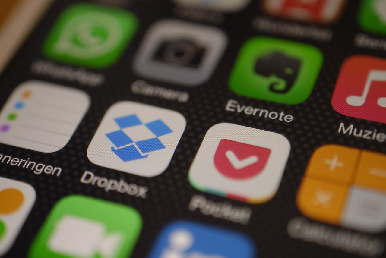 How to get free dropbox space With Easy Steps