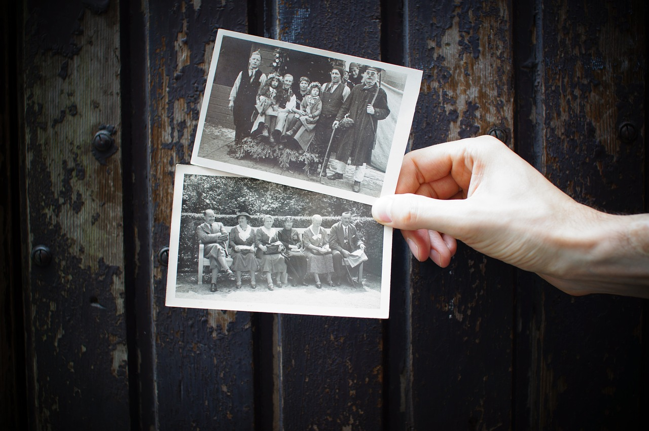 How to scan and archive your old printed photos